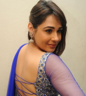 Mandy Takhar Photos